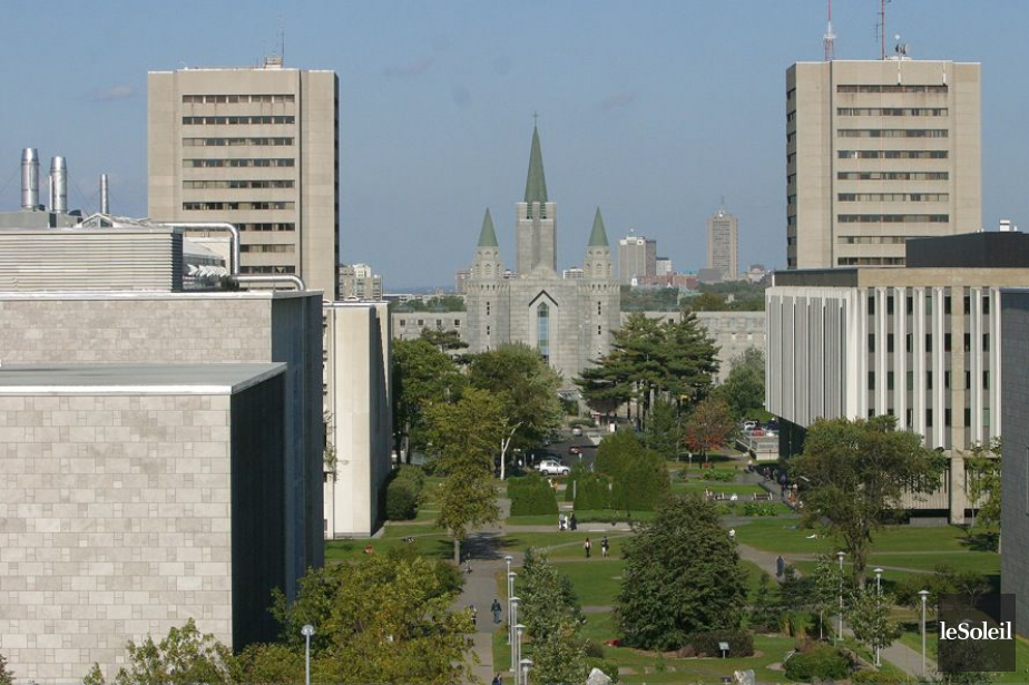 L'Université Laval... (PHOTO ARCHIVES LE SOLEIL)