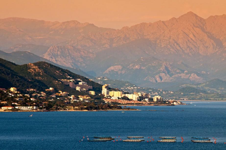 Si les routes escarpées de la Corse vous... (Photo Digital/Thinkstock)