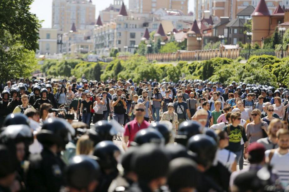 Selon la police, 25 personnes ont été interpellées.... (Photo Oleg Pereverzev, AFP)