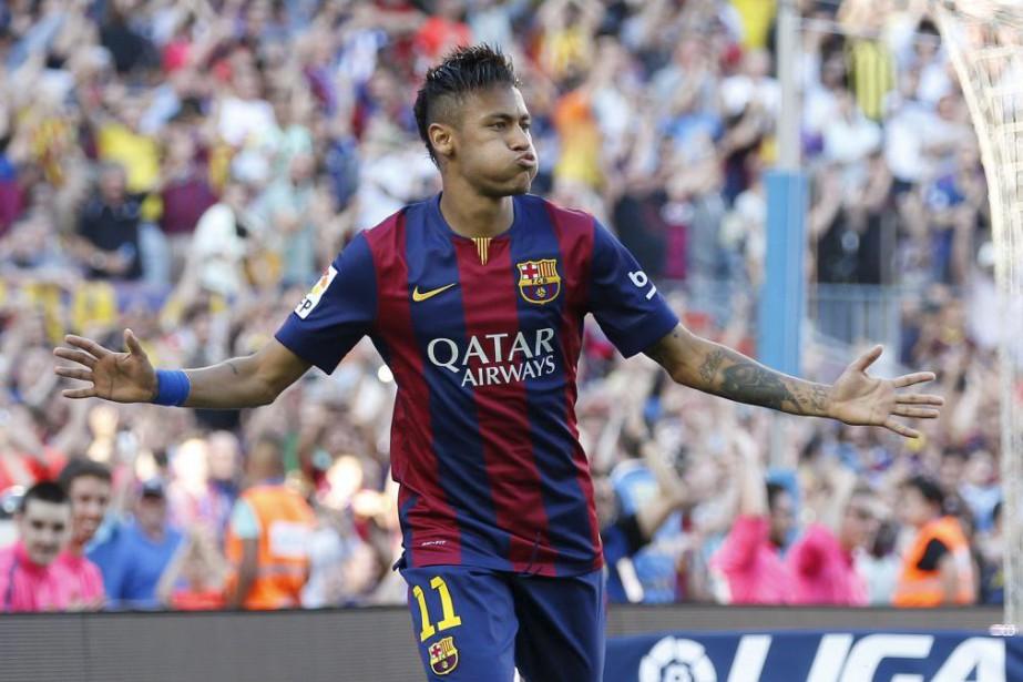 Neymar... (PHOTO GUSTAU NACARINO, REUTERS)