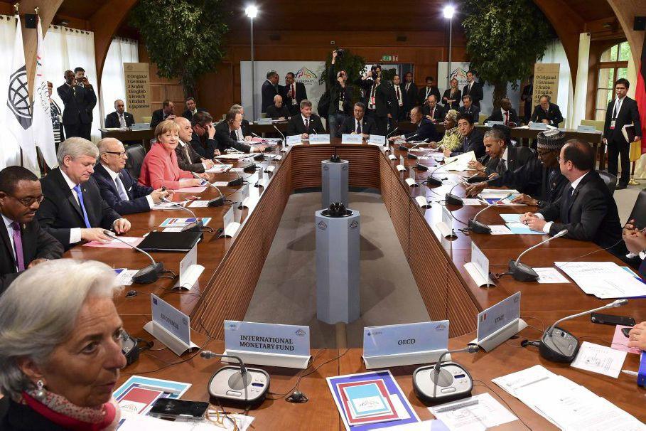 Les participants au sommet du G7.... (PHOTO JOHN MACDOUGALL, REUTERS)