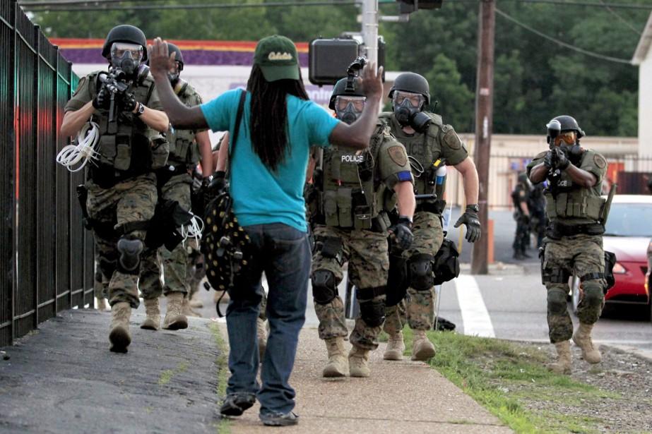 La mort de Michael Brown, ce jeune homme... (PHOTO JEFF ROBERSON, ARCHIVES AP)