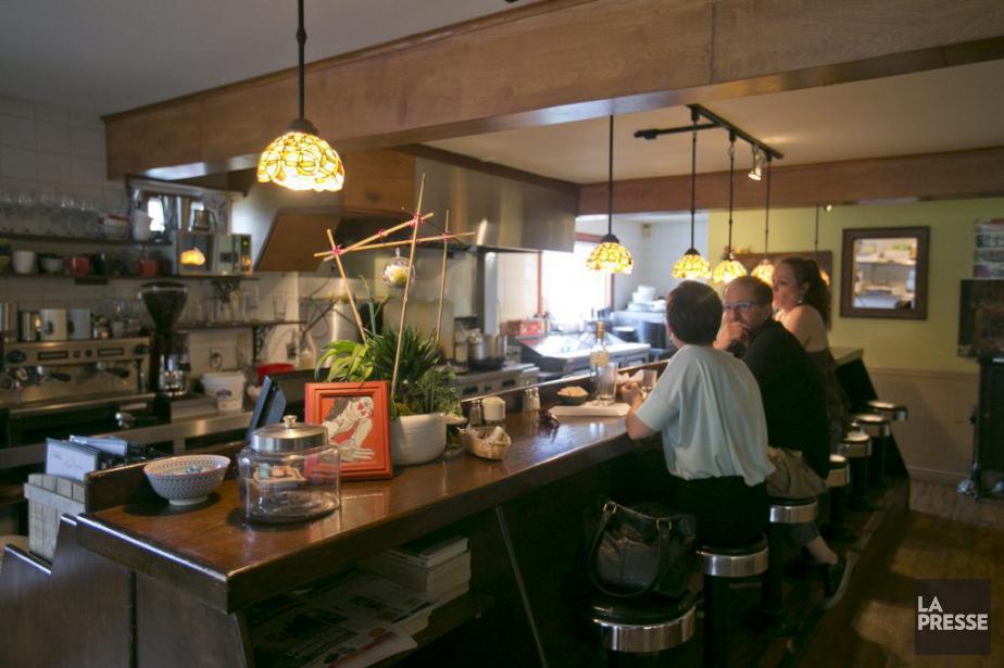 Le café Pierre Jean Jase offre une vaste... (PHOTO DAVID BOILY, LA PRESSE)
