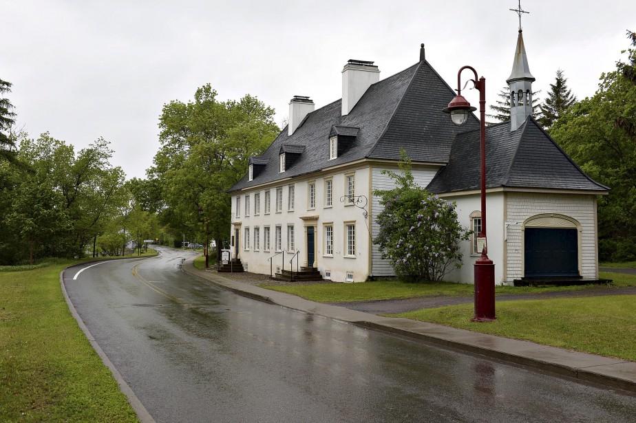 Le manoir Mauvide-Genest est situé au 1451, chemin Royal, Saint-Jean de l'île d'Orléans. (Le Soleil, Patrice Laroche)