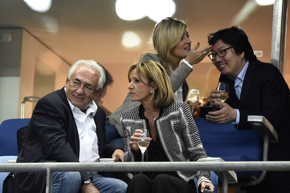 DSK (à gauche) n'a jamais nié sa participation... (PHOTO FRANCK FIFE, AFP)