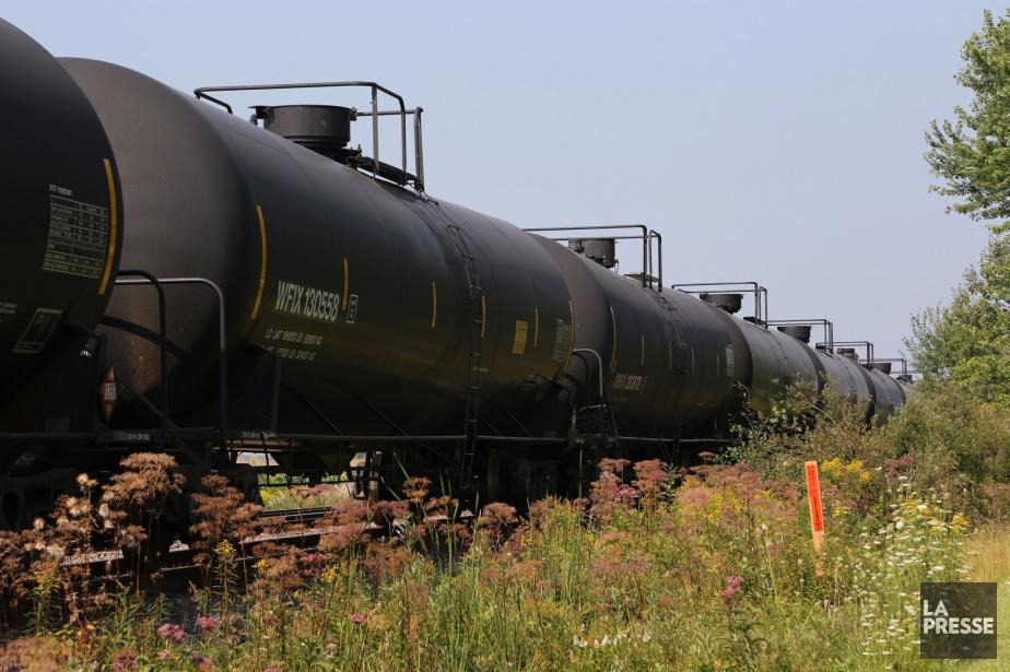 Le transport du pétrole par rail a continué de... (PHOTO ARCHIVES LA PRESSE)