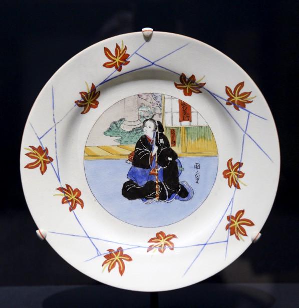 Assiette en faïence Queen's Ware de Josiah Wedgwood & Son's (Le Soleil, Jean-Marie Villeneuve)
