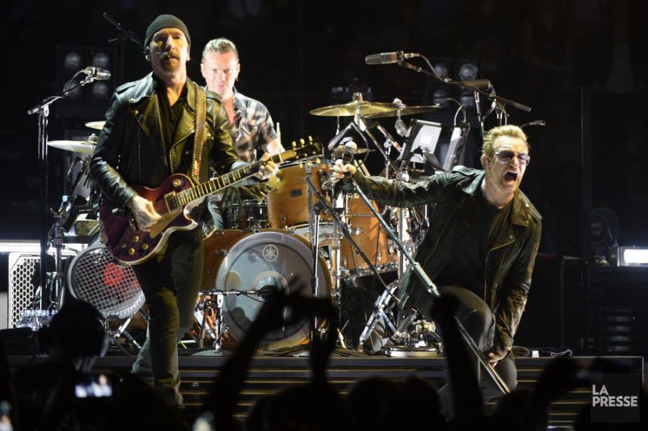 U2 renouait férocement avec ses hymnes d'il y... (Photo Bernard Brault, La Presse)