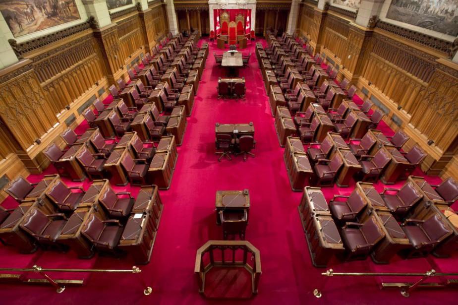 Trouver des bureaux... (Photo Adrian Wyld, Archives La Presse canadienne)