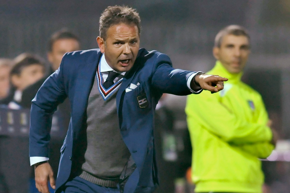 Le nouvel entraîneur de l'AC Milan, le SerbeSinisa... (Photo Marco Vasini, AP)