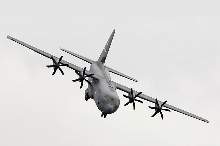 Un Hercules C-130J, fabriqués par Lockheed Martin.... (PHOTO ARCHIVES AGENCE FRANCE-PRESSE)