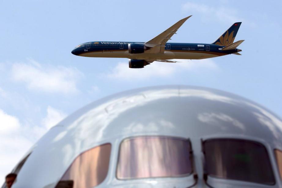 En commandes fermes, Boeing surclasse son rival Airbus,... (PHOTO PASCAL ROSSIGNOL, REUTERS)