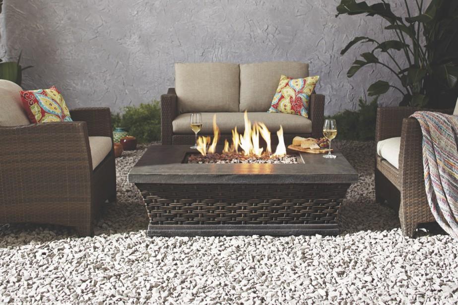 Table exterieur avec foyer for Foyer gaz exterieur