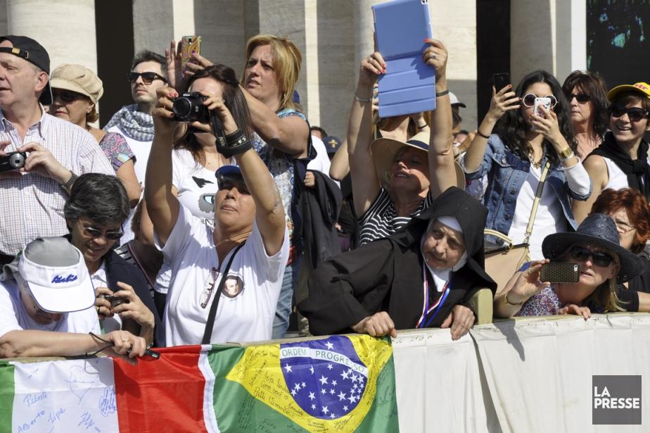 Les audiences papales du mercredi, au Vatican, attirent... (Photo Stéphanie Morin, La Presse)
