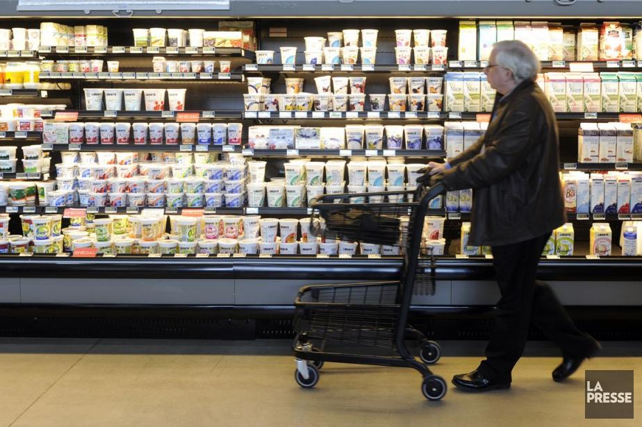 Les prix des aliments ont augmenté de 3,6%... (PHOTO ARCHIVES LA PRESSE)