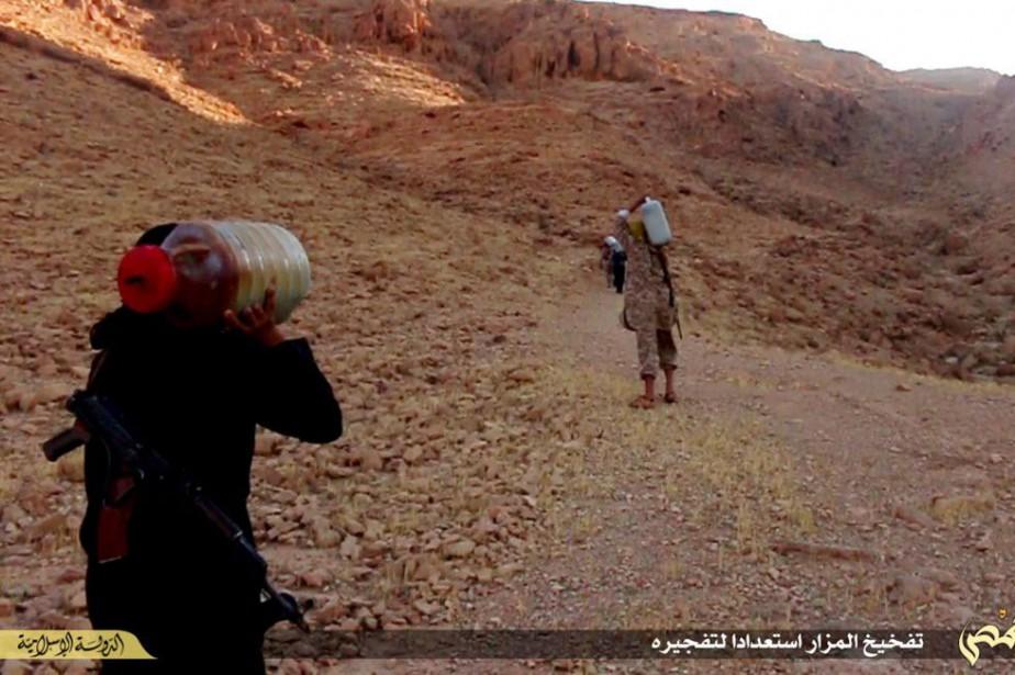 Il y a plus d'un an, le Conseil... (Photo The website of Islamic State militants, AP)