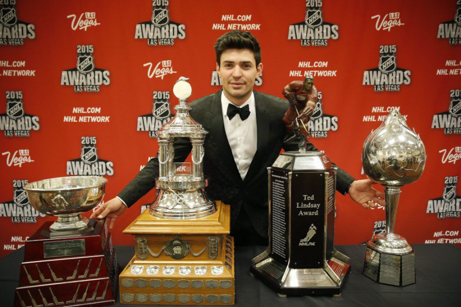 Carey Price a récompensé le Canadien - et... (PHOTO JOHN LOCHER, AP)