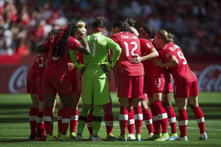L'équipe canadienne n'a pas été capable de se... (PHOTO DARRYL DYCK, PC)