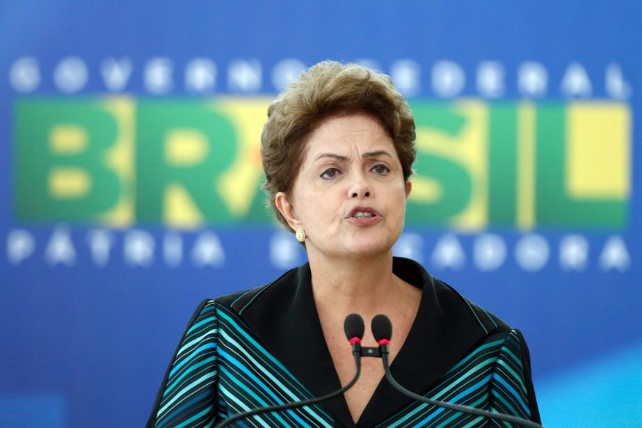 La confiance des Brésiliens envers la présidente Dilma... (Photo Eraldo Peres, Archives Associated Press)