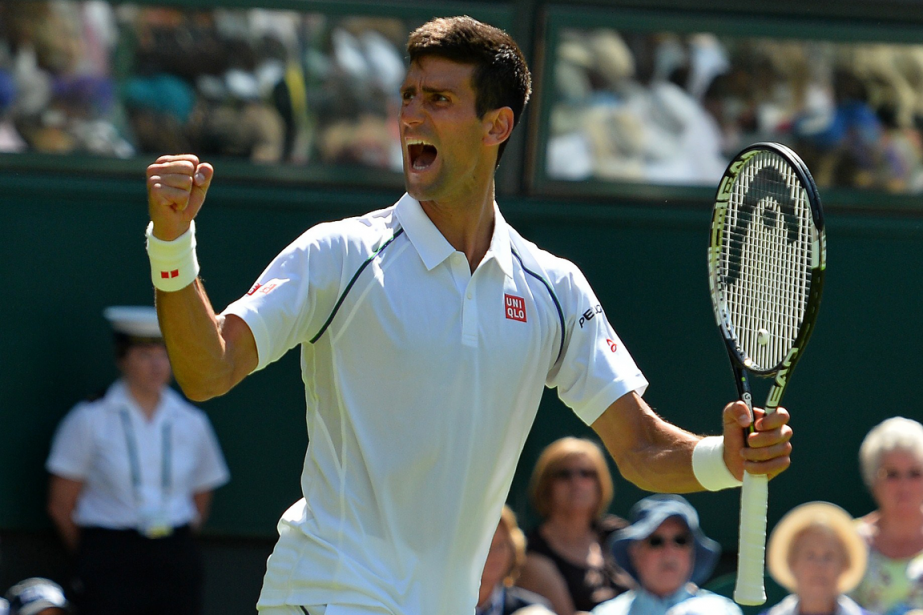 Novak Djokovic a bien amorcé saquête d'un troisième... (Photo Glyn Kirk, AFP)