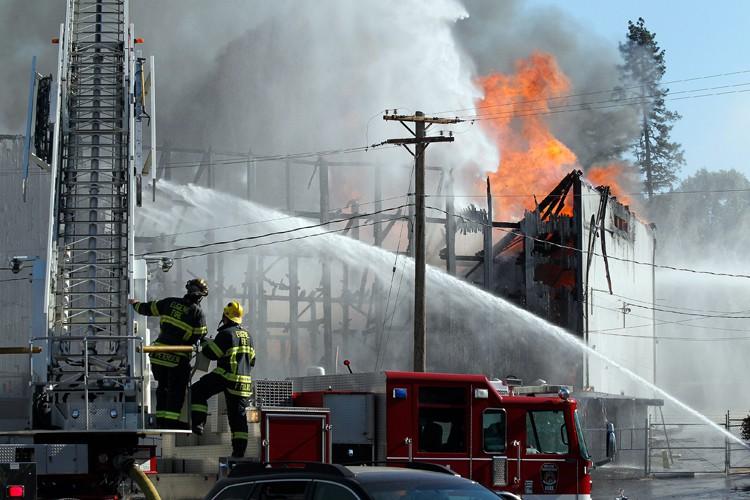 Un responsable du Service d'incendie de l'Oregon a dit qu'un... (PHOTO AP)