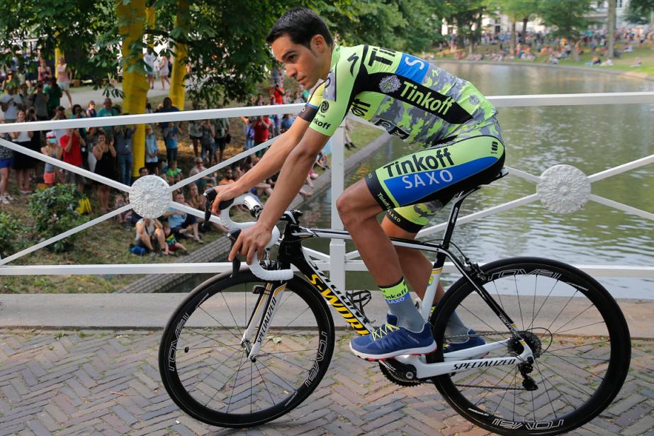 Alberto Contador... (Photo Christophe Ena, archives AP)