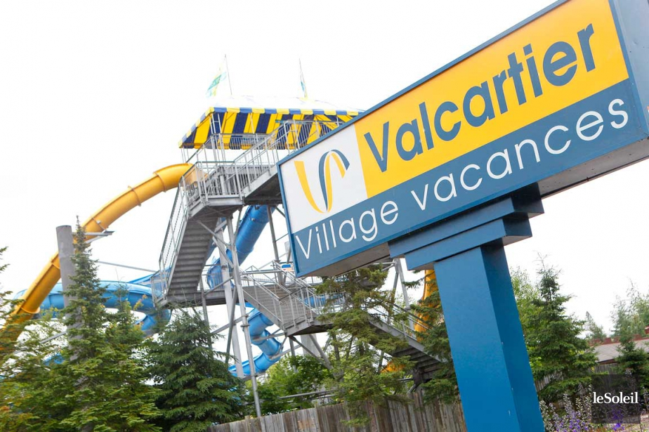 Village vacances valcartier le chantier de l 39 h tel et du for Hotel parc aquatique interieur quebec