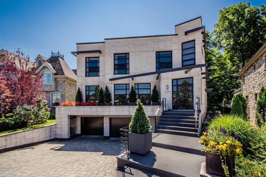Cartierville la strat gie des petits pas pierre desch nes maisons de luxe - Maison contemporaine de luxe ...
