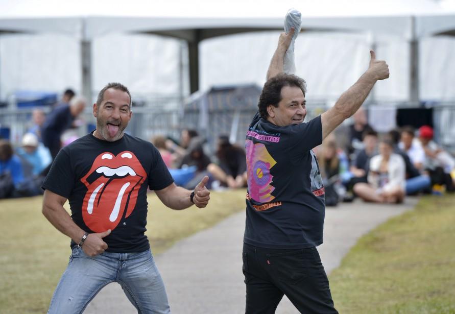 Les Montréalais Benoît Lafortune etNicolas Masters. Ce dernier a vu les Rolling Stones plus de 50 fois. (15 juillet) (Le Soleil, Yan Doublet)