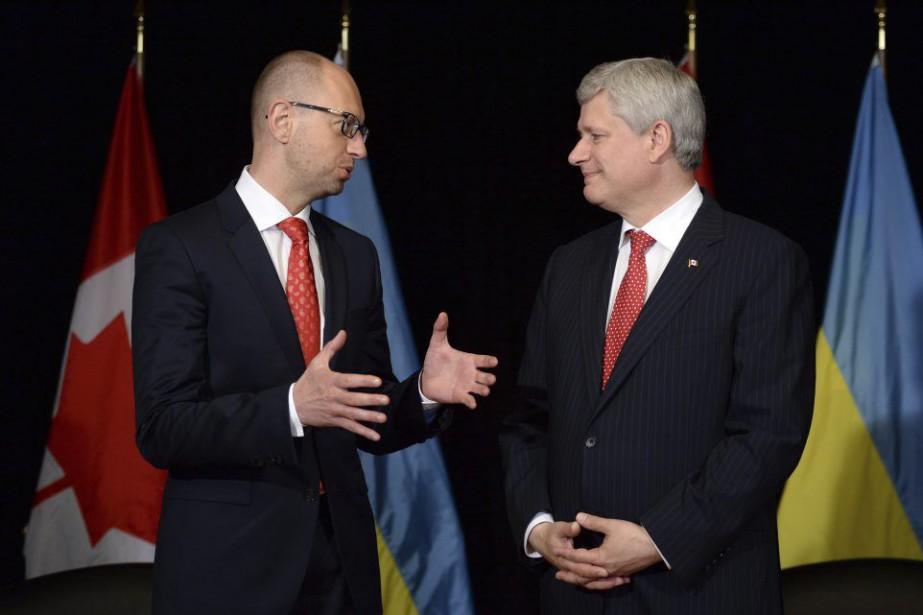 L'été dernier, le premier ministre du moment, Stephen... (Photo d'archives, La Presse Canadienne)