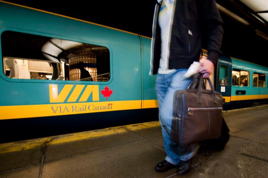 Via Rail a annoncé dimanche la reprise... (PHOTO ARCHIVES LA PRESSE CANADIENNE)