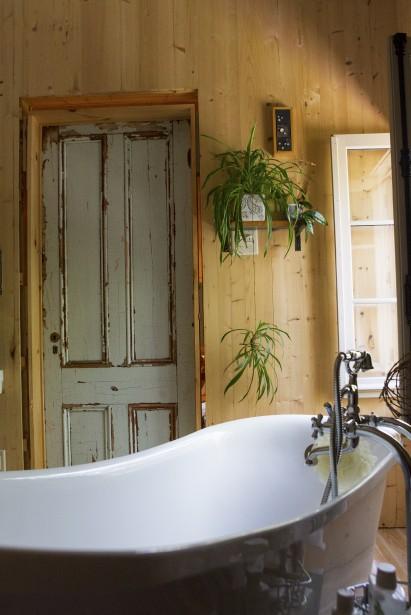 La proprio a reconstitué une portion de son ancienne chambre de l'île d'Orléans. (Le Soleil, Caroline Grégoire)