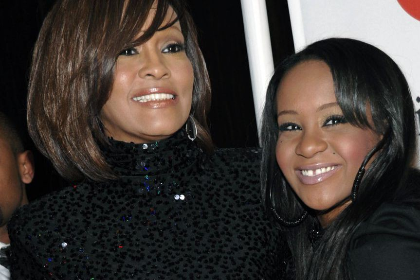 Whitney Houston et Bobbi Kristina Brown en février... (PHOTO ARCHIVES AP)