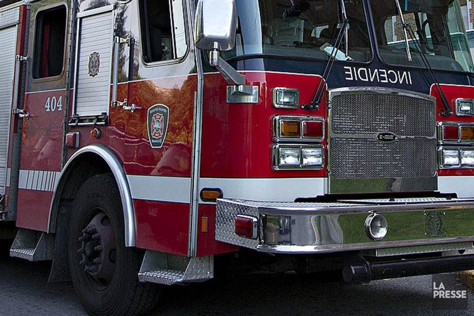 Un incendie dans une roulotte de Laval a fait un... (PHOTO ARCHIVES LA PRESSE)