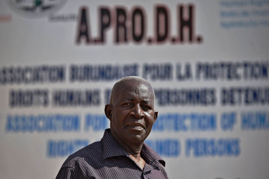 Pierre-Claver Mbonimpa, président de l'Associaton pour la protection... (Photo Carl de Souza, AFP)