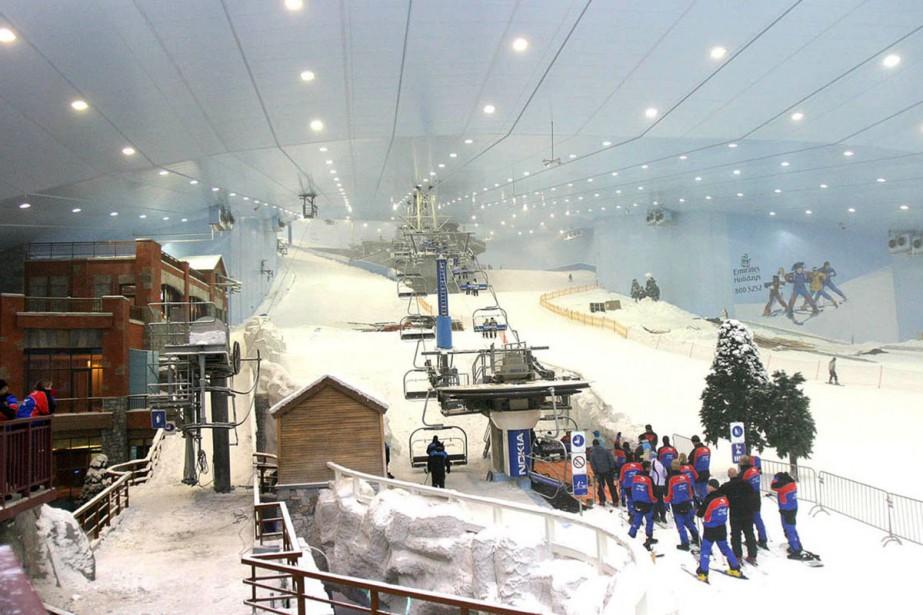 Dubaï dispose déjà d'une station de ski artificielle... (PHOTO ARCHIVES AP)
