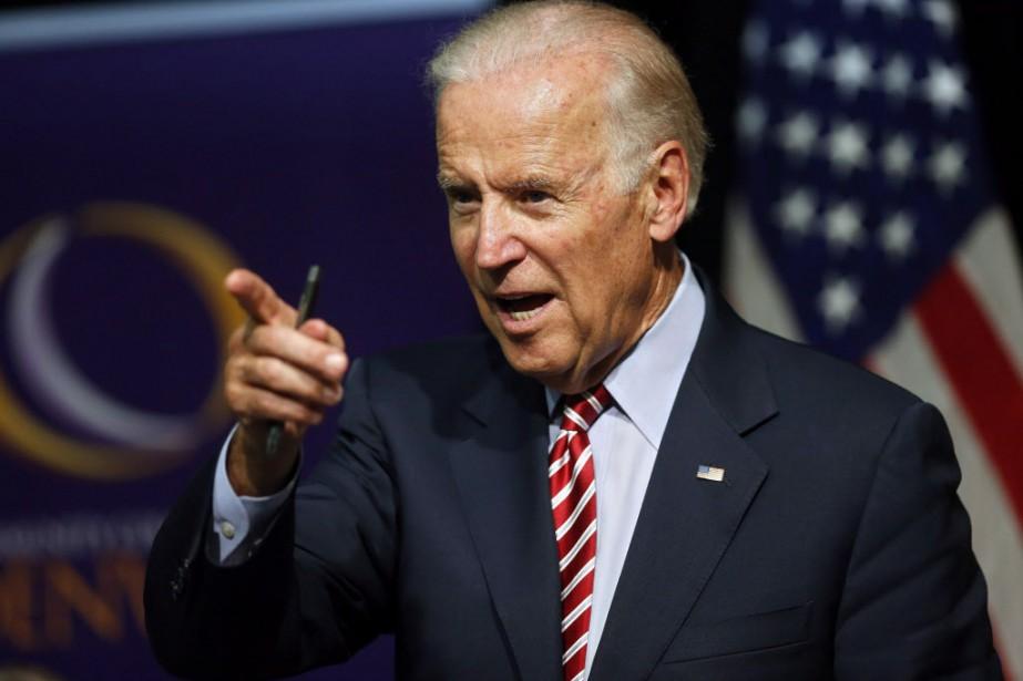 Joe Biden consulterait actuellement amis, famille et donateurs... (Photo Brennan Linsley, AP)