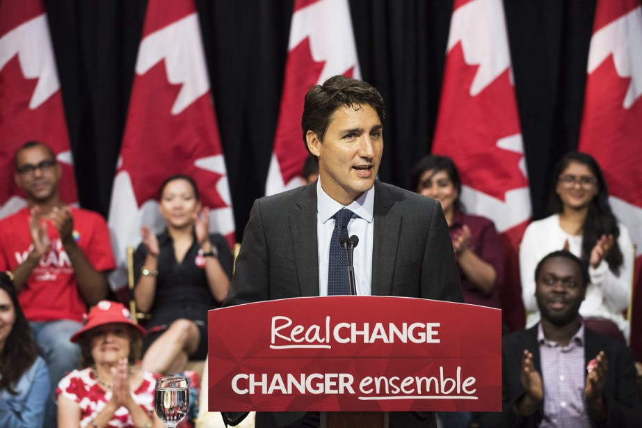 Justin Trudeau s'exprime devant ses partisans, à Toronto,... (Photo Aaron Vincent Elkaim, PC)