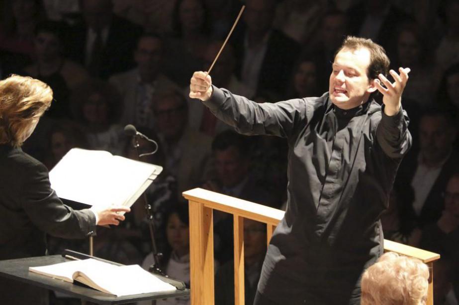 Andris Nelsons lors d'un concert le 8 août... (PHOTO ARCHIVES AFP)
