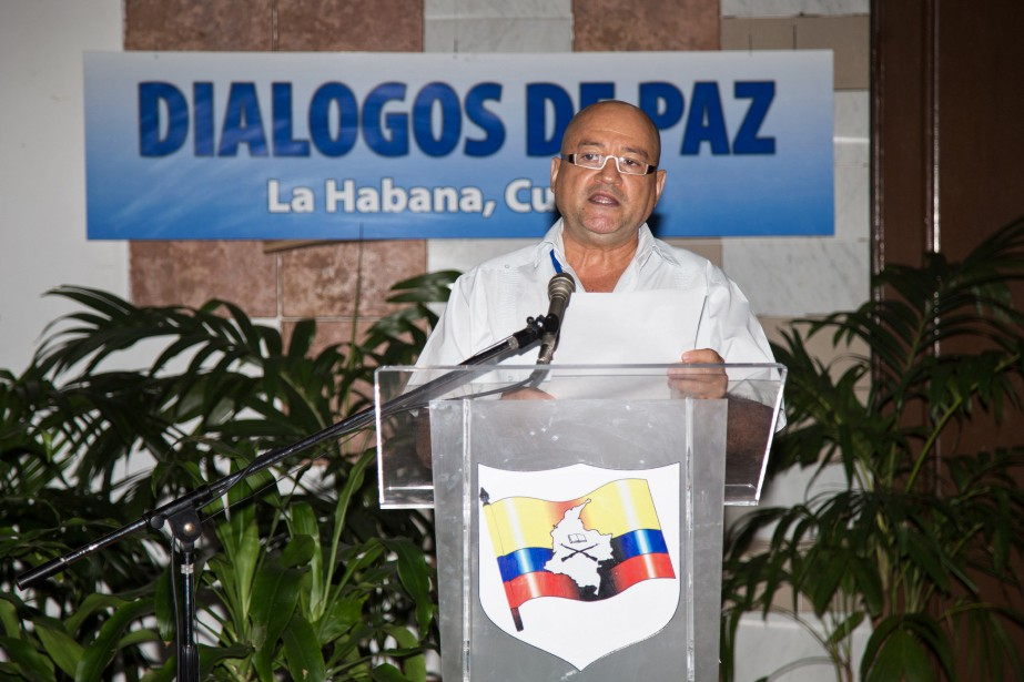 L'un des commandans des FARC, Carlos Antonio Lozada... (PHOTO ARCHIVES AFP)