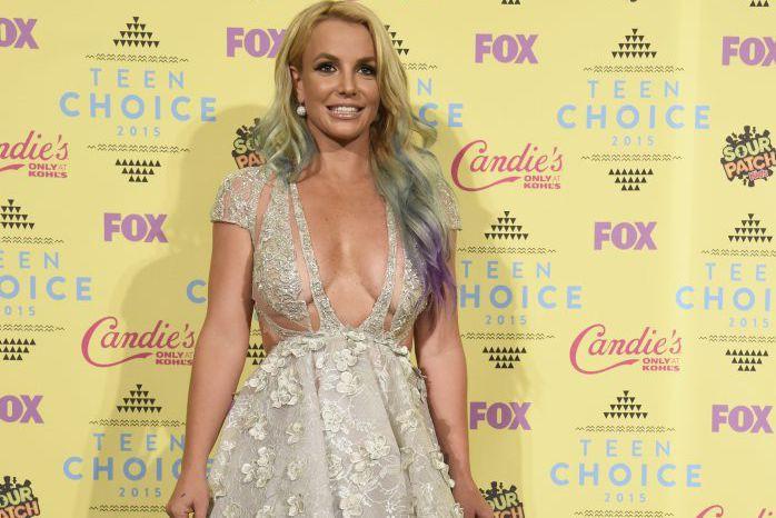 Britney Spears aux Teen Choice Awards dimanche.... (PHOTO AP)