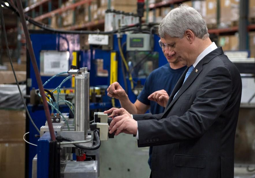 «Si, comme l'affirme M. Harper, les travailleurs et... (PHOTO PAUL CHIASSON, LA PRESSE CANADIENNE)