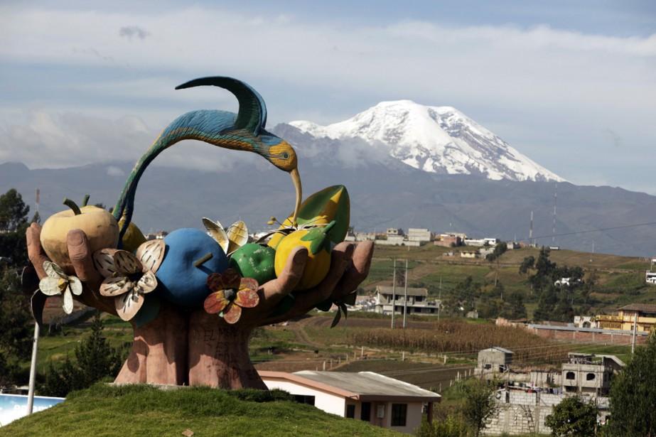 Le Chimborazo,volcan éteint, est le plus haut sommet... (Photo archives Reuters)