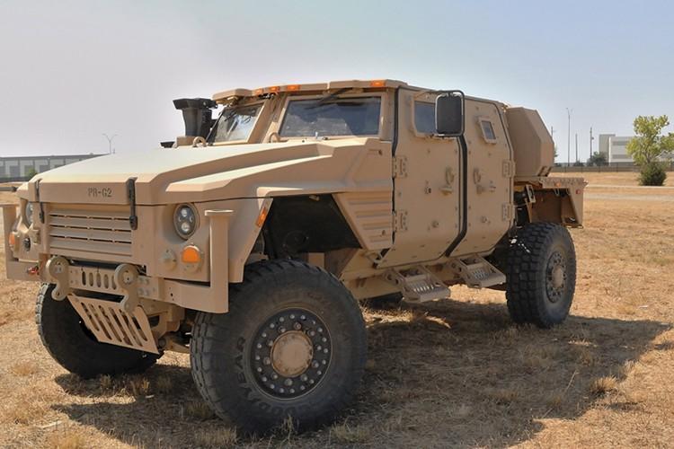 Le Pentagone a annoncé mardi avoir choisi le constructeur... (PHOTO REUTERS)