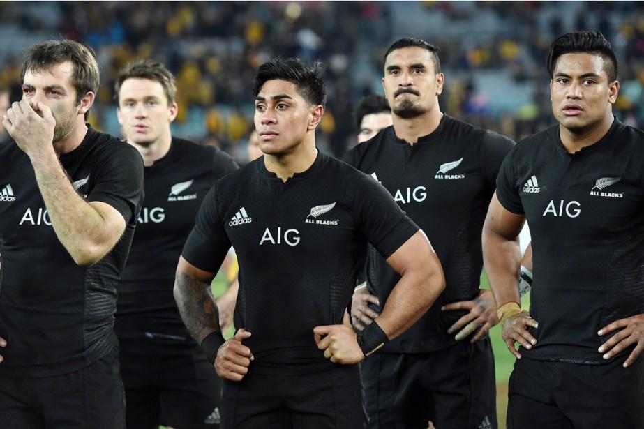La fougère emblématique de l'équipe de rugby des... (PHOTO SAEED KHAN, ARCHIVES AFP)