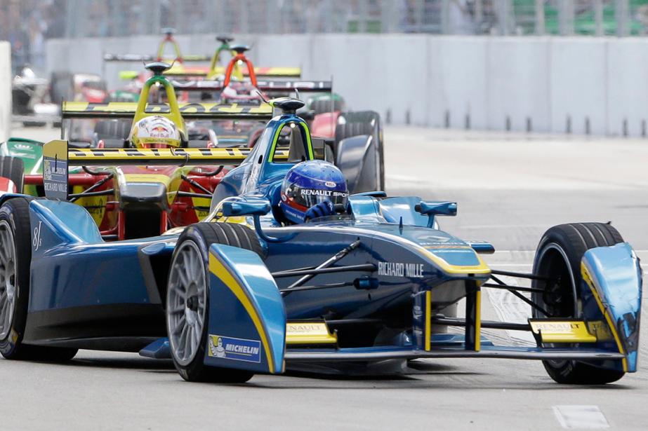 Le Championnat de Formule E compte 10 épreuves... (Photo Wilfredo Lee, archives AP)