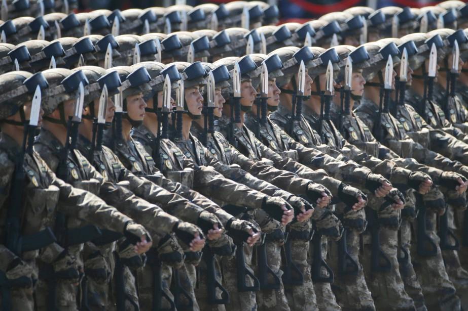La Chine réduira ses effectifs militaires de 300000... (PHOTO NG HAN GUAN, AP)