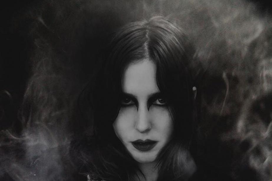 Chez Chelsea Wolfe, l'usage de la distorsion extrême... (PHOTO TIRÉE DE LA PAGE FACEBOOK DE L'ARTISTE)