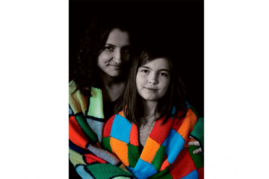 Maria et Mariana, la mantita des grands-mères, 2015.... (PHOTO CHRISTINE BARBEDET, FOURNIE PAR LA TOHU)
