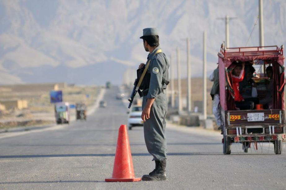 L'attaque, samedi, s'est produite dans un contexte de... (Photo Mustafa Najafizada, AP)